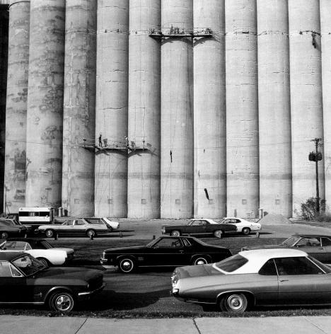 Frank Gohlke: Grain Elevators