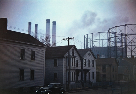 Jack Delano - Near the waterfront, New Bedford, MA, Jan-41 - Howard Greenberg Gallery