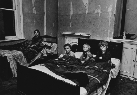 Don McCullin, Bradford, Boys in Bed, 1978, Howard Greenberg Gallery, 2019