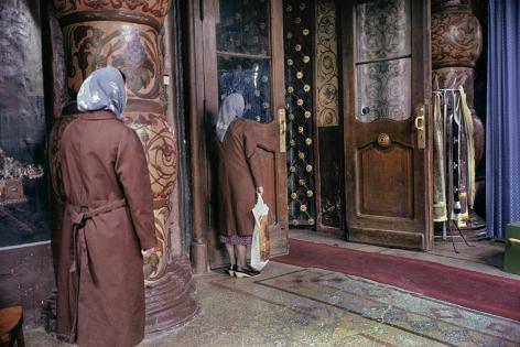 Harry Gruyaert, Orthodox Church, Moscow, Russia, 1989, Howard Greenberg Gallery, 2019