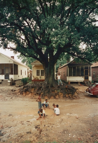 Gordon Parks - Children at Play, Shady Grove, Alabama, 1956 - Howard Greenberg Gallery