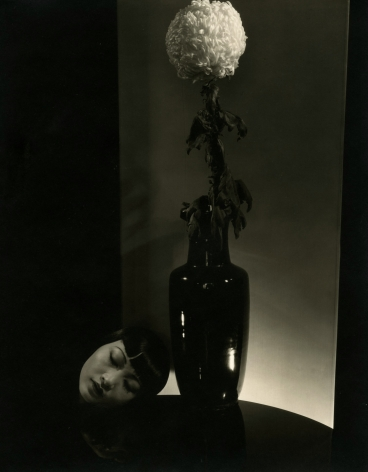 Edward Steichen - Anna May Wong, 1930 - Howard Greenberg Gallery