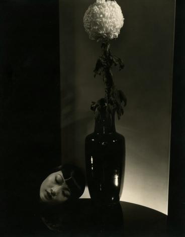 Edward Steichen - Anna May Wong, 1930 - Howard Greenberg Gallery