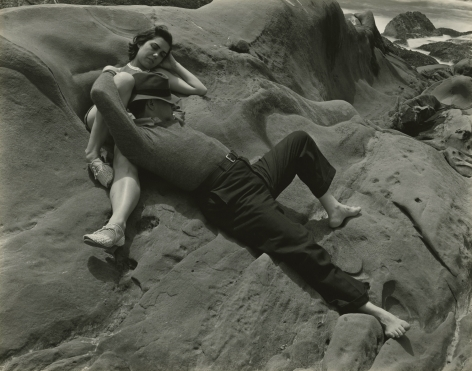 Edward Weston - Zohmah and Jean Charlot, Point Lobos, 1939 - Howard Greenberg Gallery