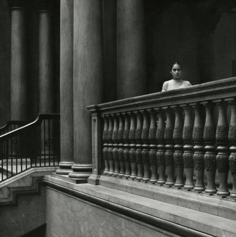 Dave Heath - The Art Institute, Chicago, 1956 - Howard Greenberg Gallery