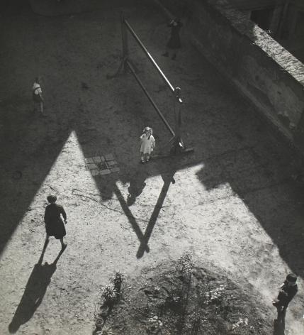 Imre Kinszki - Untitled, 1921-39 - Howard Greenberg Gallery