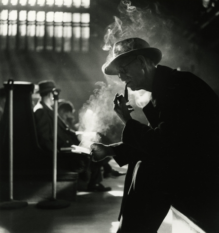 Bedrich Grunzweig - Grand Central Waiting Room, New York, 1952 - Howard Greenberg Gallery
