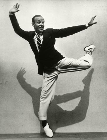 Martin Munkasci - Fred Astaire, LIFE, 1936 - Howard Greenberg Gallery