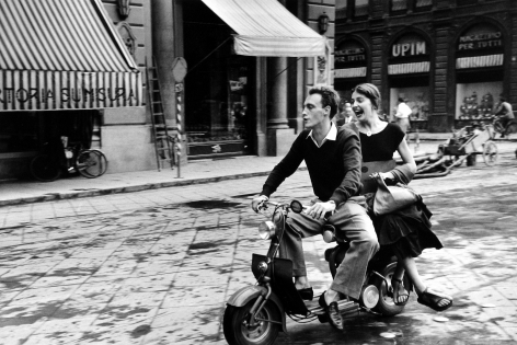 Ruth Orkin: Jinx Allen in Florence 2005 Howard Greenberg Gallery