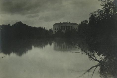 Jessie Tarbox Beals - Buffalo, c.1910 - Howard Greenberg Gallery