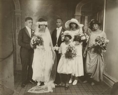 James Van Der Zee - Wedding Party, 1923 - Howard Greenberg Gallery