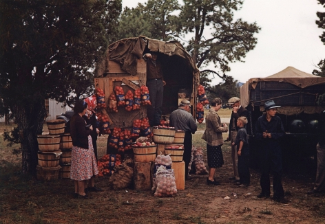 Russell Lee - Fruit wagon at Pie Town, New Mexico, Fair Oct., 1940 - Howard Greenberg Gallery