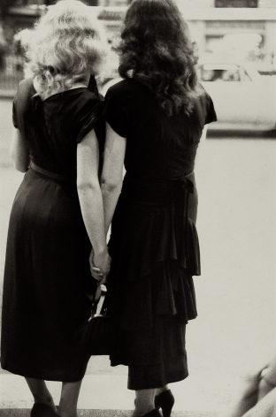 Saul Leiter: Early Black & White 2005 2006  howard greenberg gallery