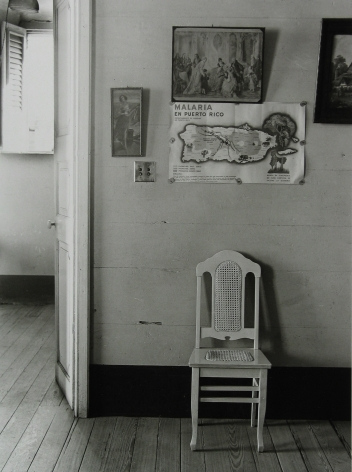Jack Delano - In a Guest House in Manati, 1941 - Howard Greenberg Gallery