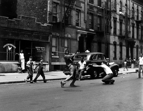 Arthur Leipzig - Stickball, 1950 - Howard Greenberg Gallery