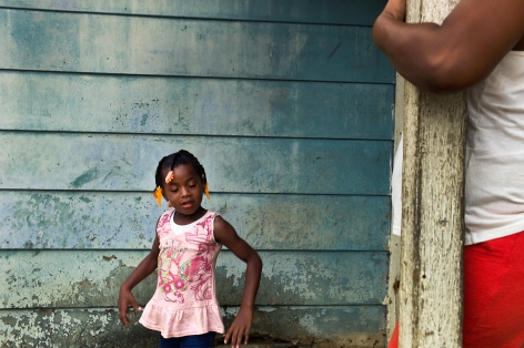 Magdalena Solé, Mississippi Delta, Girl Dancing, Baptist Town, Greenwood, 2010, Sous Les Etoiles Gallery