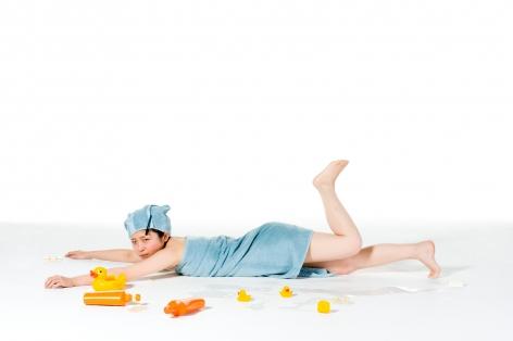 Breezeless, Takemi Saito, A picture book of a girl falling down, Bath, 2010, Sous Les Etoiles Gallery