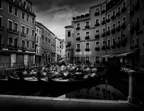 Jean-Michel Berts, Light of Venice, Gondole, 2000, Sous Les Etoiles Gallery