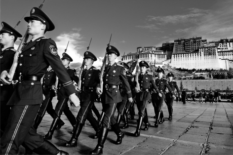 Laurent Zylberman, A Journey in Tibet, Popular Liberation Army in front of the Potala Palace, 2008, Sous Les Etoiles Gallery