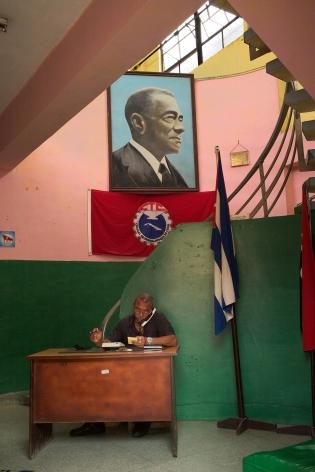 Magdalena Solé, Cuba - Hasta Siempre (Cuba Forever), Central de Trabajadores de Cuba, Havana, 2013, Sous Les Etoiles Gallery