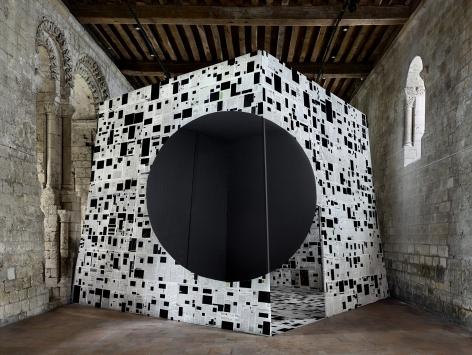 Georges Rousse, anamorphose, architecture, black, Ronsard, France, Sous Les Etoiles Gallery