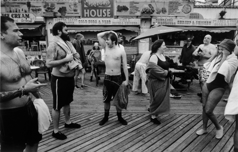 Sous Les Etoiles Gallery, People on Boardwalk, Harvey Stein, Coney Island