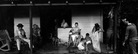 Ernesto Bazan, Cuba, Fidel Castro, Viñales, cuban family, 2002, Sous Les Etoiles Gallery, New York