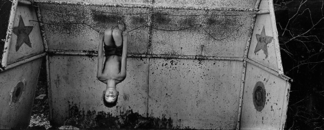 Ernesto Bazan, Cuba, Isla, Sous Les Etoiles Gallery, Boy hanging upside down, Trinidad, panoramic