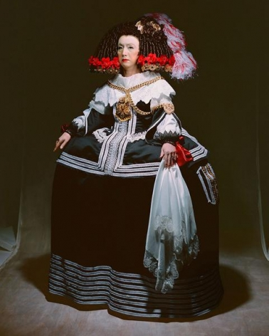Yasumasa Morimura Living in the realm of the painting (The queen), 2013