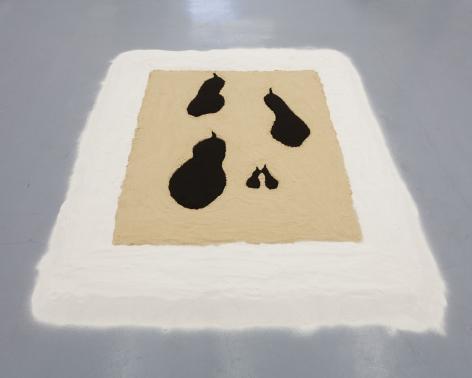 Allison Katz, Poires Noires Sand Painting, 2009/2013