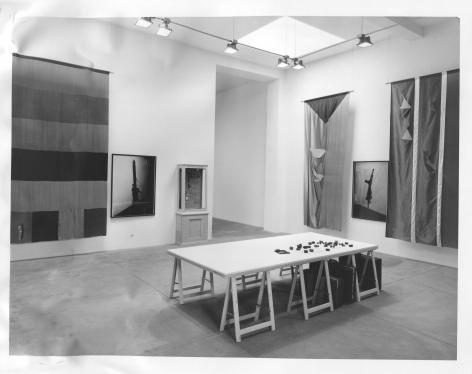 Georg Herold, Installation view