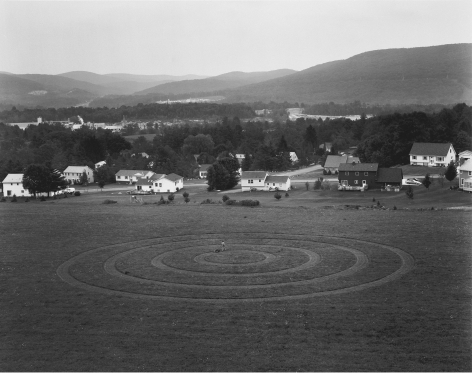 Gregory Crewdson, Untitled (concentric circles), 1997