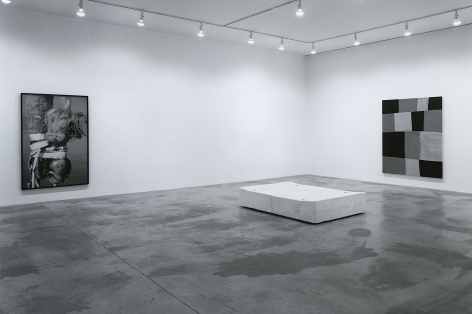 Barry X Ball, Gregory Crewdson, Günther Förg, Paul McCarthy, Tatsuo Miyajima, Yasumasa Morimura, Rachel Whiteread, Installation view