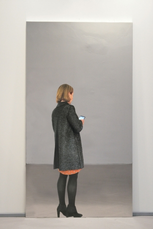 Michelangelo Pistoletto, Woman with coat and smartphone, 2018