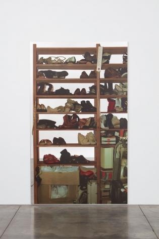Michelangelo Pistoletto, Scaffali– calzature, 2015