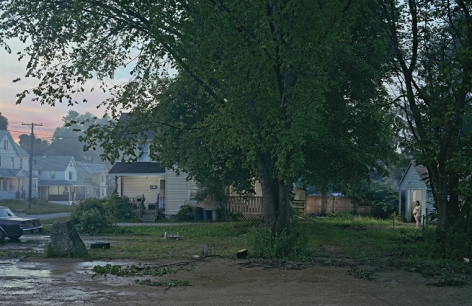 Gregory Crewdson Untitled (Oak Street), 2006