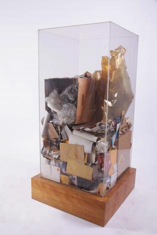 Peter Hutchinson's Refuse, 1973, Accumulation of studio refuse in Plexiglas box