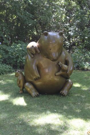 Tom Otterness, Mama Bear, 2011