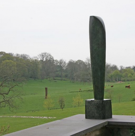 Barbara Hepworth Single Form (Eikon)
