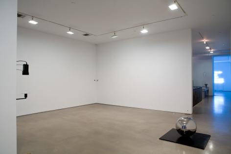 Jeppe Hein, Installation view: Please…, 303 Gallery, New York, 2008