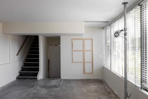Jacob Kassay, Untitled, 2012-2015, Installation view: Fitzpatrick-Leland House September, 2015
