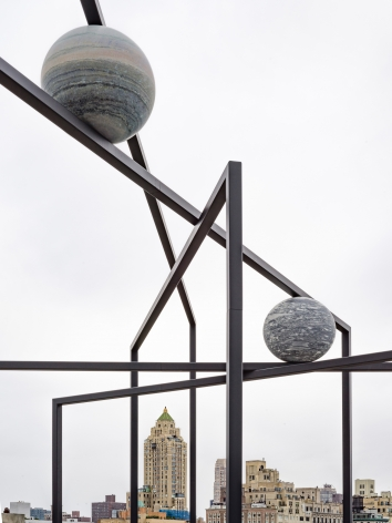 © Alicja Kwade, courtesy 303 Gallery, New York; KÖNIG GALERIE, Berlin/London. Photo: Roman März