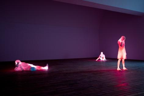 Installation view: Doug Aitken,3 Modern Figures (don't forget to breathe), Faurschou Foundation Beijing, China, 2019, Photo: Conner MacPhee