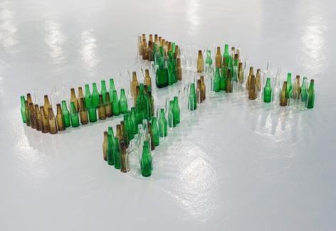 Installation view: Valentin Carron | Gioia e Polvere, in partnership with le Musée des Beaux-arts de Rennes, Galerie Art & Essai, Université Rennes 2, 2018