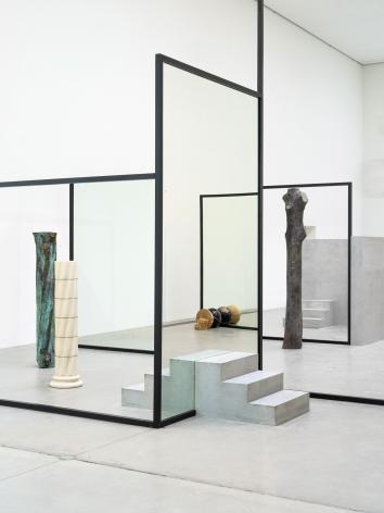 Alicja Kwade,Sub-Stance,2019, Installation view:Kausalkonsequenz,Langen Foundation, Neuss, 2020