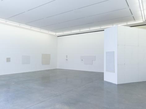 Jacob Kassay, IJK, Installation at 303 Gallery, New York, 2013