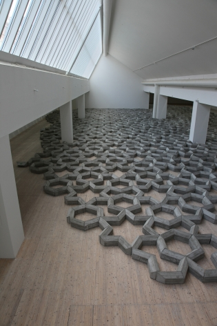 Mike Nelson, Installation view: 408 tons of imperfect geometry