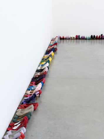 Hans-Peter Feldmann, High heels-shoes