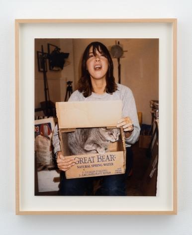 Dan Graham, Chan Marshall (Cat Power) with cat, 2001