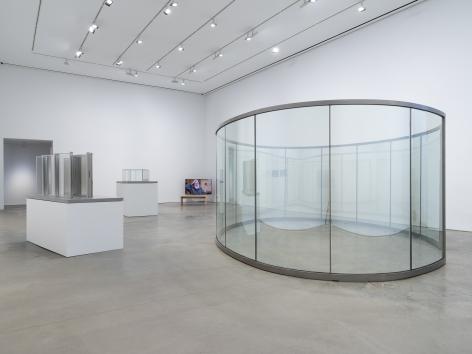 Installation view: Dan Graham, 303 Gallery, New York, 2021